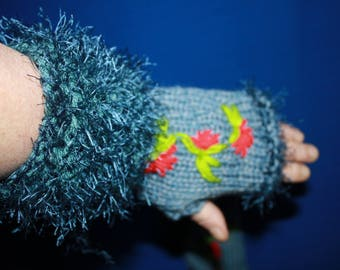 Blue fingerless gloves with embroidery, fancy hair and wool yarn