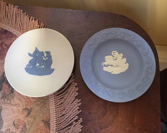 2 Small Wedgwood Dishes - White & Blue