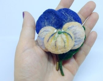 "Brooch made of wool ""Viola"" Handmade"