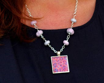 Pink Pendant Necklace, Pink Pendant, Lampwork Beads Jewellery, Pink Lampwork Glass, Pink Necklace, Pale Pink Jewellery, Art Jewellery