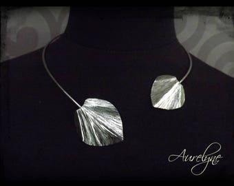 Stainless steel necklace asymmetric torc Psylle Two Nenuphar leaves dreamlike fairy elven