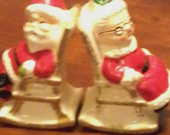 Enesco Import Santa and Mrs Claus shakers