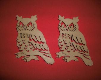 2 owls, wood, 9 x 5 cm  (10-0008A)