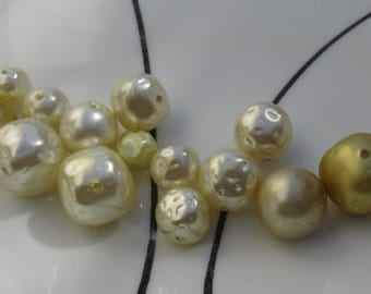 Lot Of Salvaged Faux Pearl Beads Most Dimpled