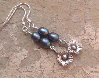 Pearl earrings/Peacock pearl/Karen Hill Tribe silver/Sterling silver/drop dangle earrings/freshwater pearl/flower charm/gift for her