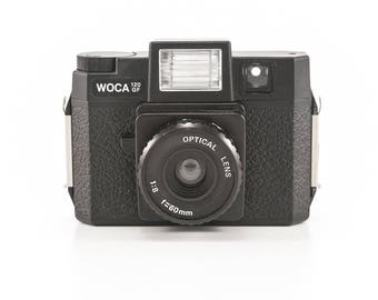 Holga WOCA 120 GF - Plastic Toy Camera - Glass Lens and Flash - Medium Format Film Photography - Lomography Lomo