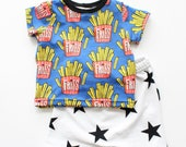 Fries Short Sleeve Tee / Kids Fry Shirt / Kids Clothes / Unisex Kids Clothes / Fast Food Shirt / Boys Fry Tee / Girls Fry Tee / Baby Fry Tee