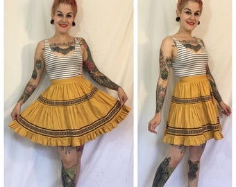 Vintage 1950's Mustard Yellow Short Patio Skirt
