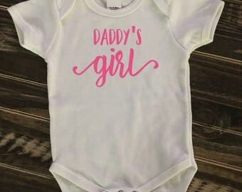 Daddy's Girl infant Onesie, Creeper, Bodysuit | personalized gift | Father's Day
