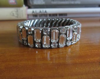 1950s rhinestone expansion bracelet
