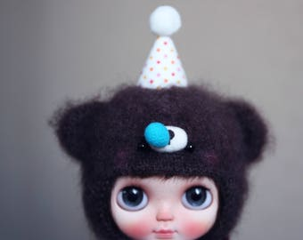 Pre-order-Momo handmade Helmet (hat ) for Blythe - doll outfit - 1colors in