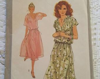 Vintage Retro Misses Pullover Dress Pattern Simplicity 8588 Size 16 Adjustible for Miss Petite