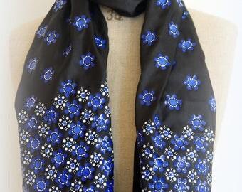 dot work scarf No. 03
