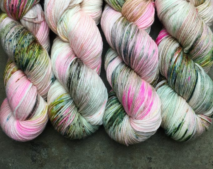DUTCHESS (worsted) 400 yds- Hermione