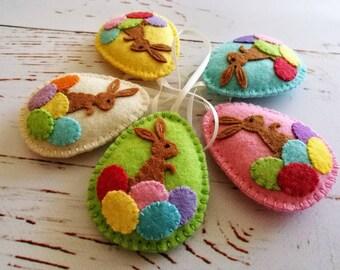 MADE TO ORDER / Easter bunny eggs, Felt Easter decoration - felt egg with bunny, felt Easter decor, felt Easter eggs - 1 ornament