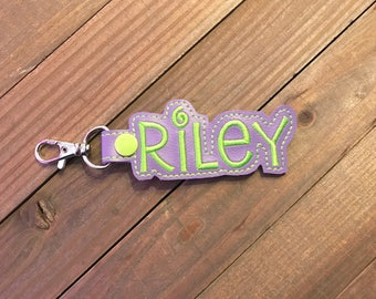 Personalized Name Tag, Personalized Name Keychain, Personalized Name Zipper Pull ---70 Colors --- Riley Outline Font
