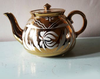 Wonderful Vintage Gibson's Gold Lustre Teapot