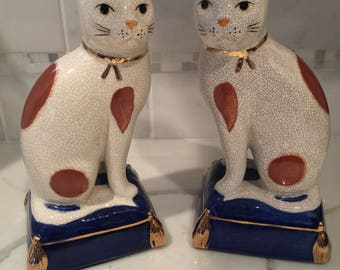 Collectable Fitz & Floyd staffordshire like Cat statues
