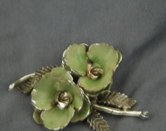 Vintage Green Flower Pin
