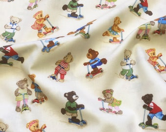 Scooter Bears 1013 Cream for Makower UK Patchwork Quilting Dressmaking Fabric