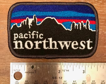 Pacific Northwest embroidered patch. Mount Rainier patch.