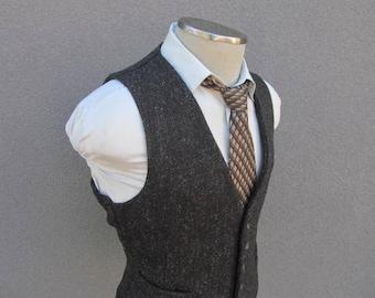 Vintage Gray Tweed Vest Size 44 Large Lrg L / Gray Tweed Waistcoat / Men's Suit Vest / Men / Adjustable Back Strap Vest