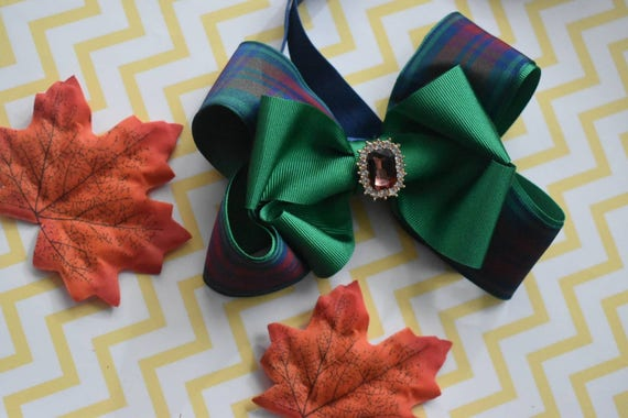 Pretty green and wine tartan / plaid Bow - Baby / Toddler / Girls / Kids Elastic Hairclip / Headband / Hairband/ Hair Barrette