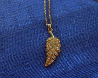 Vintage Avon Leaf Necklace,Avon Fall Jewelry,Fall Necklace,Leaf with Clear Rhinestones Necklace,70's Jewelry,70's Necklace