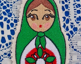 Christmas~Holiday~Gift~Decor~Ornament Traditional Russian Style Mamushka~ Matryoshka~Babushka Doll in Green Red & White  Machine Embroidered