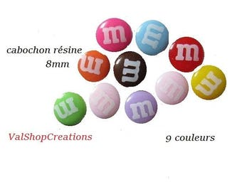 X 2 Cabochons resin 8mm