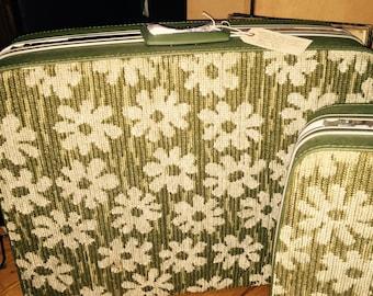 "Vntg 1960s SAMSONITE  25"" Fashionaire Green Floral Carpet Luggage"