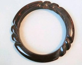 Chocolate Brown Carved Marbled Bakelite Bangle