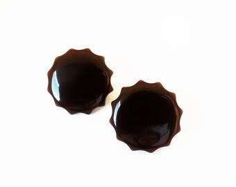 Espresso Brown Bakelite Scalloped Fluted Cog Edge Pierced Earrings