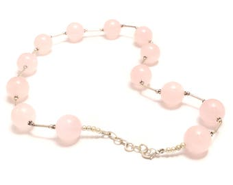 Impressive rose quartz necklace with 925 sterling silver elements