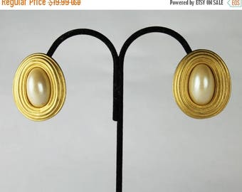 20% off Erwin Pearl Earrings, Large Gold Tone and Faux Pearl Earrings, Clip on Earrings, Modernist Earrings