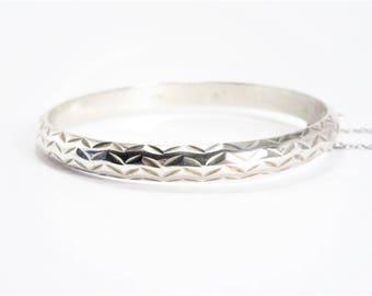 Vintage Sterling Bangle Bracelet Cut Design Side Hinged