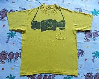 Vintage 80's International Camera pocket T shirt, size Medium camera store Canon San Diego