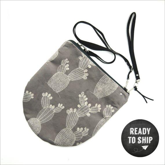 "Grey graphic ""Ficalinni"" shoulder bag, all-round LARGE brushed poly pochette, prickly pear shoulder strap"