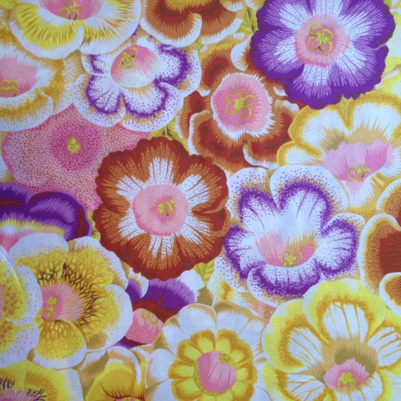 GLOXINIAS GOLDEN PJ071 Philip Jacobs Kaffe Fassett Sold in 1/2 yd increments