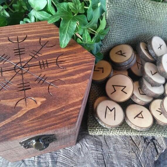 Viking Runes, Maple Runes, Wooden Runes, Elder Futhark Runes, Rune Set, Aegishjalmur, Aegishjalmr, The Helm of Awe and Terror