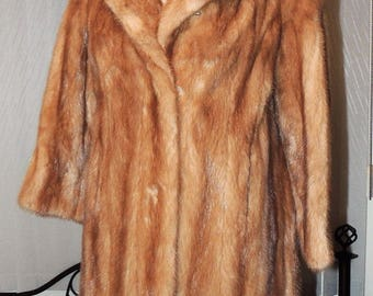"Lovely Honey Brown Hudson's Bay Company ""Majestic Mink"" Genuine Fur Coat"