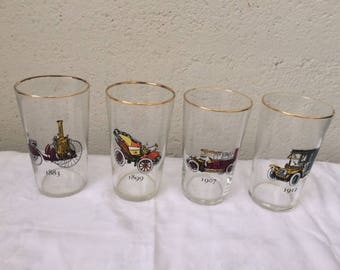 Set of 4 glasses with a vintage orangeade 1960, car motif retro serigraphie, and edging gold