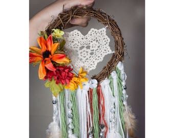 Dream Catchers, Wedding Dream Catchers, House decor, Bedroom decor, Wall hanging, Flower