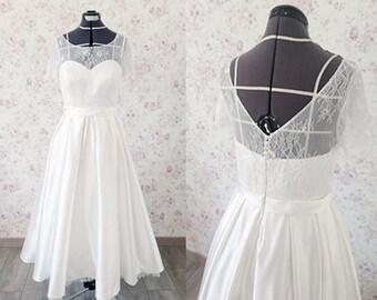 Short wedding dress/ tea length ankle length wedding dress/ 1950s retro wedding dress/ lace wedding dress with sleeve/ Robe de mariée courte