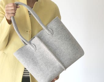 Small Grey Tote, Elegant and Casual Felt Bag from Italy, Tote Bag, Market Bag, Felt Tote, Everyday Tote, Gift For Her, Stocking Fillers.