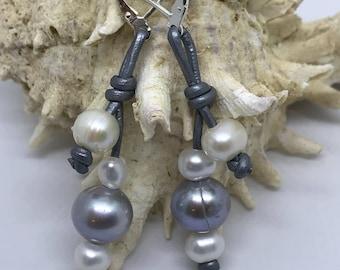 Grey & White Pearl earrings, pearl earrings, wedding earrings, bridesmaid earrings