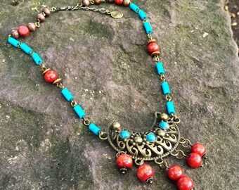 Crescent boho necklace, turquoise ethnic jewellery, tribal mecklace, celestial necklace, moon goddess necklace, bohemian gift for her