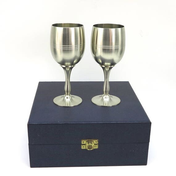 2 pewter wine goblets in original presentation box, Siam pewter, made in Thailand, as new, good size, circa 1970s
