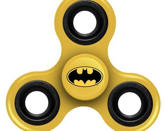 Batman Three Way Diztracto Spinner Officially Licensed Justice League Fidget Spinnerz Toy