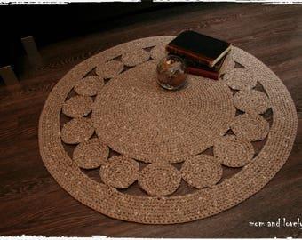 """Tapis rond """"Cercles"""" au crochet en coton/polyester couleur beige"""